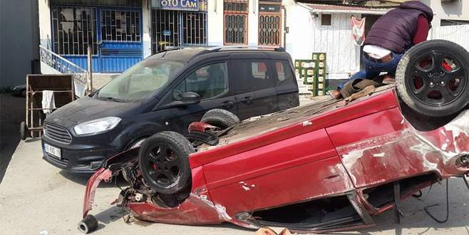 Bursa'da takla atan otomobil dehşet saçtı
