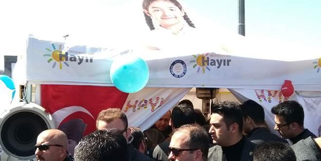 Cumhurbaşkanı Erdoğan'dan 'hayır' çadırına sürpriz ziyaret
