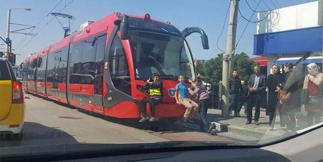 Bursa'da tehlikeli yolculuk