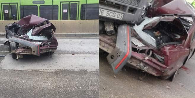 Bursa'da inanılmaz kaza… Bu araçtan sağ çıktı