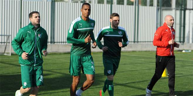 Stancu, Jovic ve Faty Konyaspor'a karşı yok