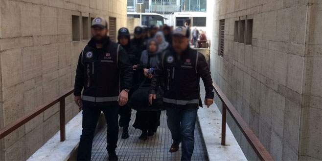 Bursa'da FETÖ soruşturmasında 13 öğretmen tutuklandı
