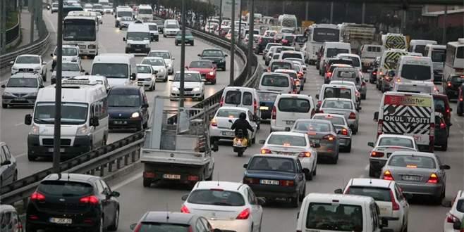 Çarşamba günü trafiğe çıkacaklar dikkat, bu yollar kapalı