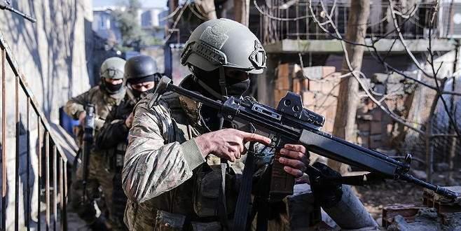 Operasyon başladı: 5 terörist öldürüldü
