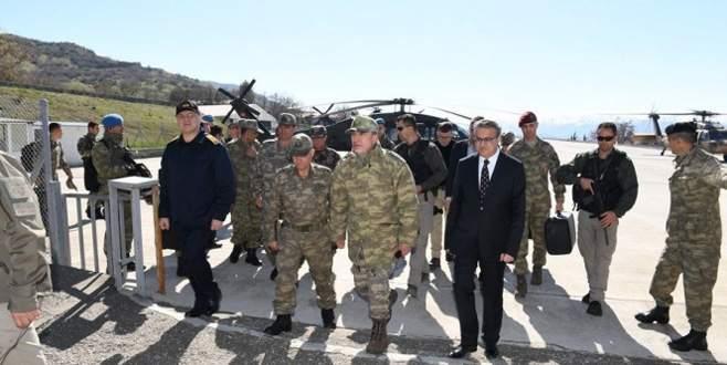 Akar ve kuvvet komutanları Şırnak, Siirt ve Bitlis'te