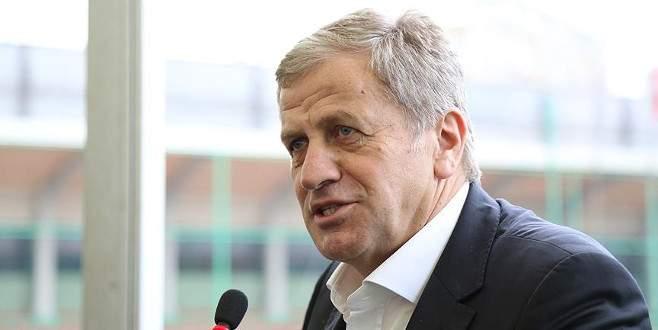 Servet Yardımcı UEFA Yönetim Kurulu üyeliğine seçildi