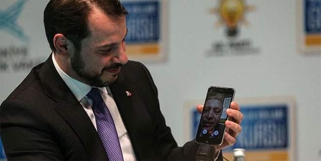 Cumhurbaşkanı Erdoğan 'facetime'dan gençlere seslendi