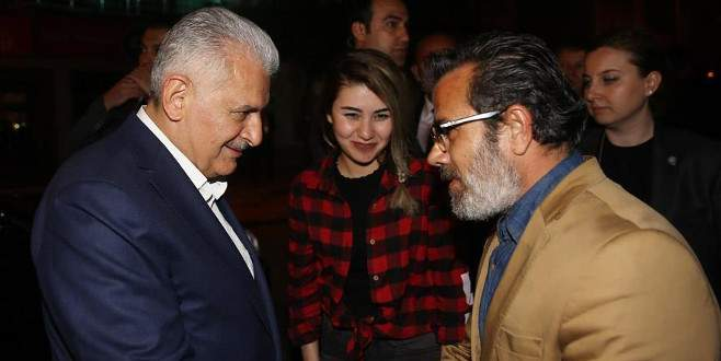 Başbakan Yıldırım'dan Özgecanlar Derneği'ne ziyaret