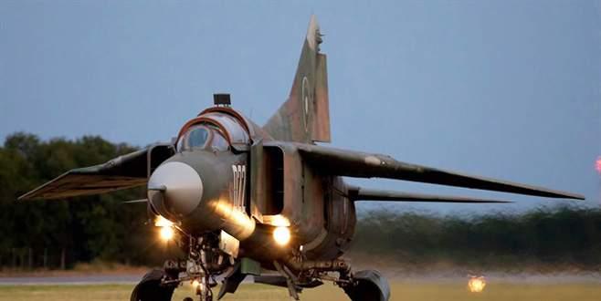 ABD: Suriye'nin 20 kadar savaş uçağını imha ettik