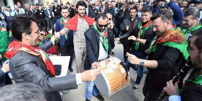 Bursa geleneksel köy düğünü ile coştu