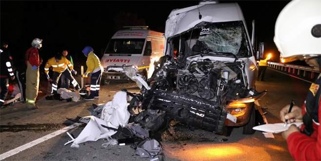 Fenerbahçeli taraftarlar maç dönüşü kaza yaptı: 1 ölü, 19 yaralı