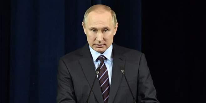 Putin, Tillerson'ı kabul etti