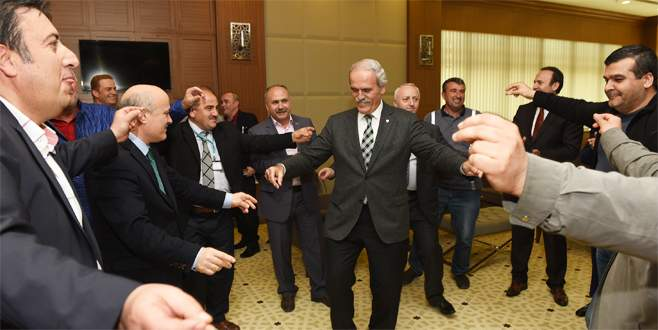 Büyükşehir'de davullu zurnalı toplu sözleşme sevinci