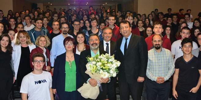 Nova 'Edebiyat Günleri'nin konuğu Yazar Ahmet Ümit