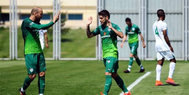 Bursaspor, U21 takımını 2 golle geçti