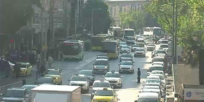 Atatürk Caddesi yayalara kalıyor, araçlar yeraltına!