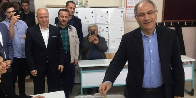 İçişleri eski Bakanı Efkan Ala oyunu Bursa'da kullandı