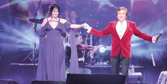 Erol Evgin konserinde Deniz sürprizi