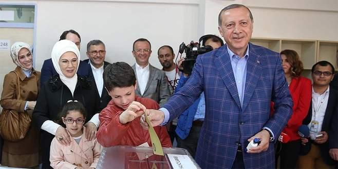 Cumhurbaşkanı Erdoğan'ın oy kullandığı sandıktan 'evet' çıktı