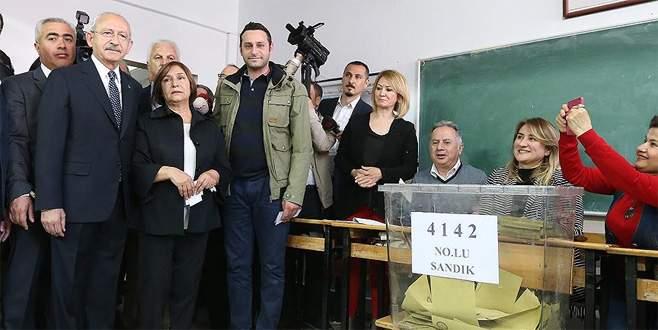 Kılıçdaroğlu'nun oy kullandığı sandıktan 'Hayır' çıktı