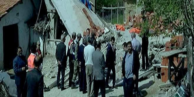 Garaj inşaatı çöktü: 3 ölü