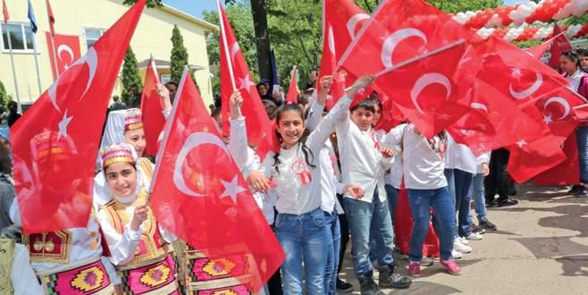 Hamitler'deki kutlamalar şenlik havasında geçti