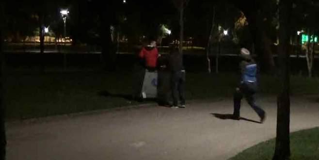 Polis otomobil hırsızlarını bakın nerede yakaladı