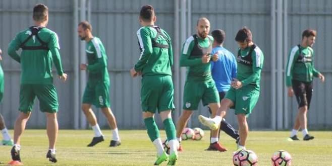 Bursaspor'da Galatasaray hazırlıkları sürüyor