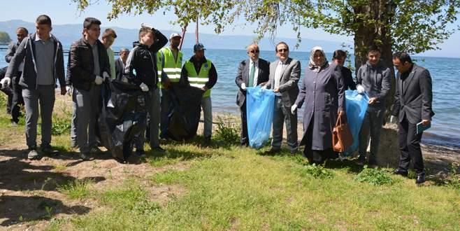 İznik'te temizlik kampanyası