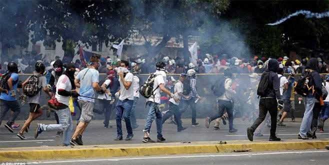 Venezuela ayrılıyor