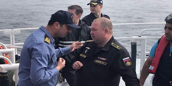 Batan Rus askeri gemisindeki mürettebat ülkelerine döndü