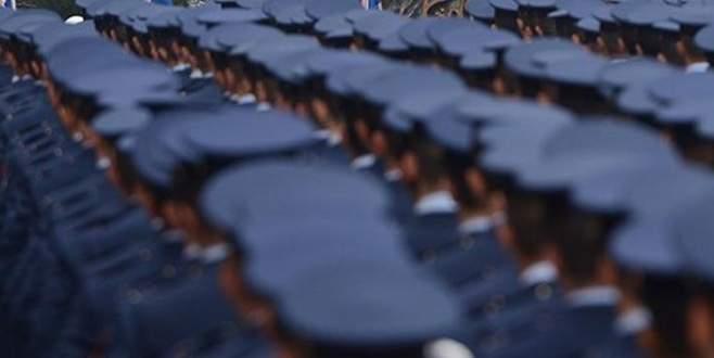 FETÖ 70 bin polisi fişlemiş
