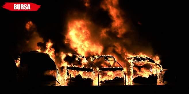 Bursa'da yanan otobüslerin maliyeti 1,5 milyon lira