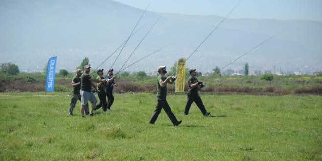Bursa'da çayıra balık avı
