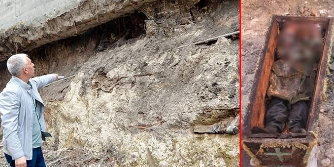 Rus subayın çürümemiş cesedinin yanında kemik parçaları bulundu