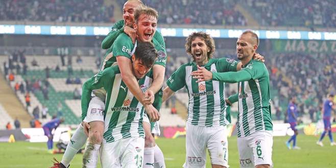 Bursaspor, Galatasaray önünde moral arıyor