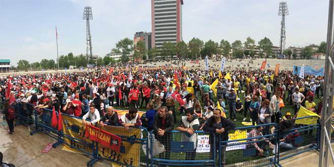 Bursa'daki 1 Mayıs kutlamalarında 3 bin 500 polis görev aldı