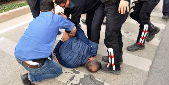 Bursa'da aranan zanlı böyle yakalandı