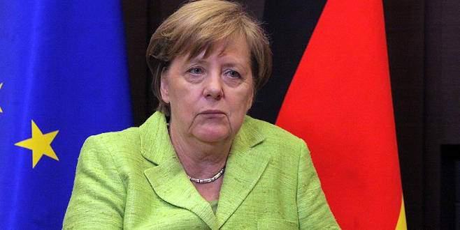 Merkel'dan flaş 'Türkiye' açıklaması