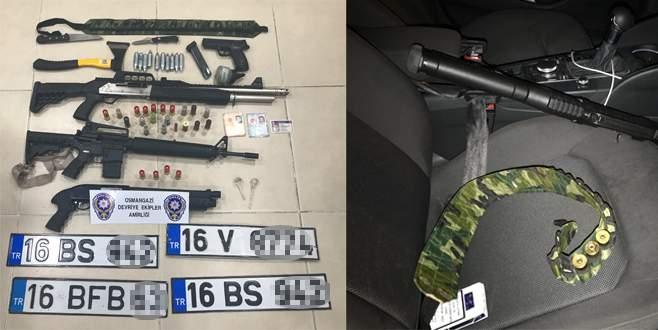 Bursa'da cephanelik gibi araç yakalandı: 3 gözaltı