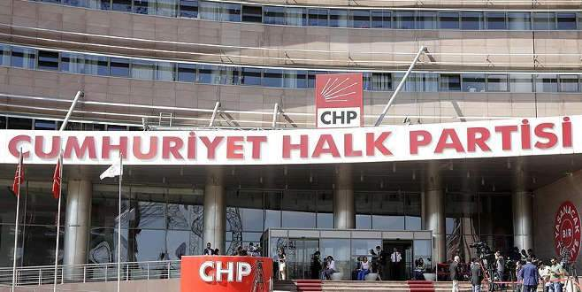 CHP'den 10 YSK üyesi için suç duyurusu