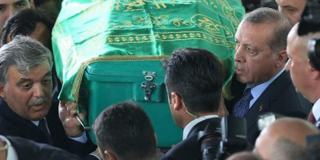 Abdullah Gül'ün babası son yolculuğuna uğurlandı