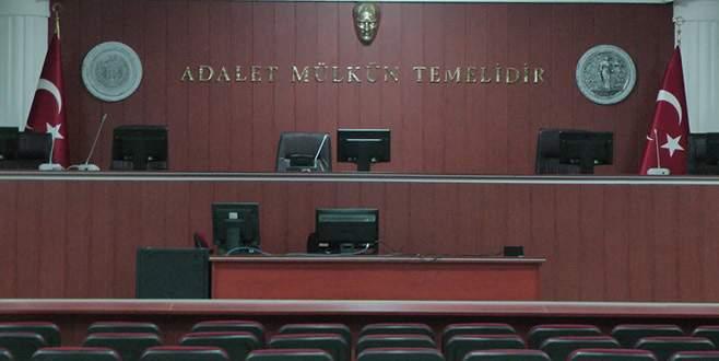Bursa'da 8 eski kamu görevlisinin yargılanmasına başlandı