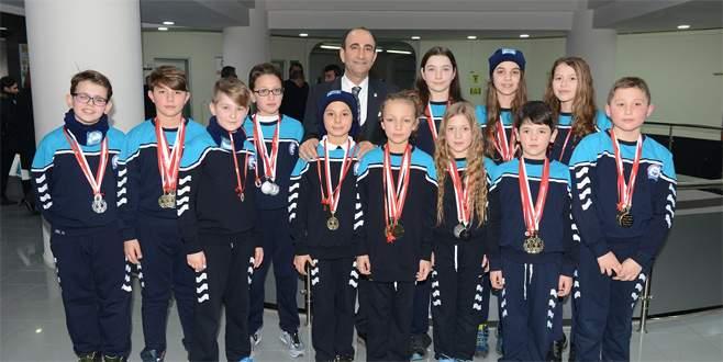 Yıldırımlı yüzücülerden Bursa şampiyonluğu