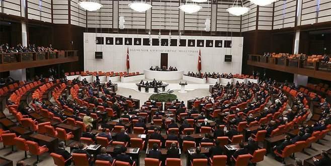 Komisyon, HSK aday seçimi için toplandı