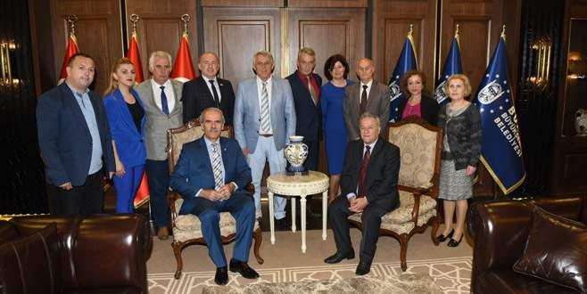 Kosova Bursa'yla işbirliği arayışında