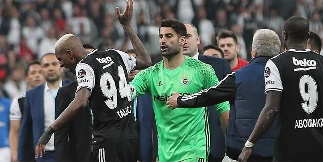 Beşiktaşlı Talisca, PFDK'ya sevk edildi