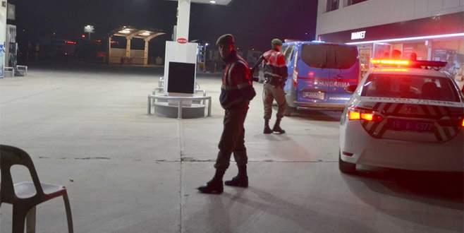 Akaryakıt istasyonu soygununda 2 tutuklama
