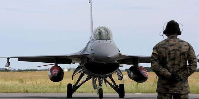 Karadeniz'de Rus jetinden ABD uçağına engelleme
