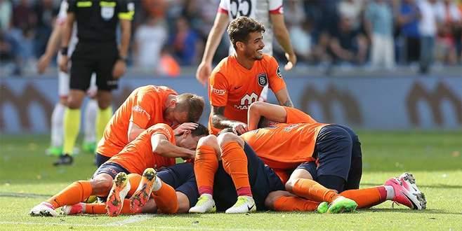 M. Başakşehir maç fazlasıyla lider